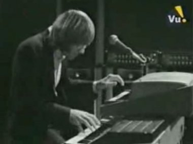 doors_short_rhodes_bass & Charles Lindbergh makes history in 1927 // Goodnight Gifted ...
