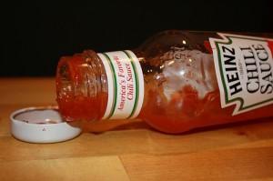 chili_sauce_heinz_open