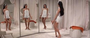 flower-drum-song-mirror-scene-anamorphic