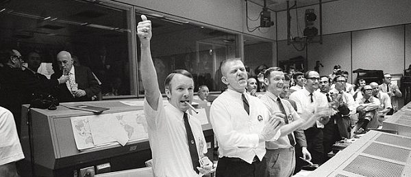 Mission Control Celebrates Apollo 13 splashdown