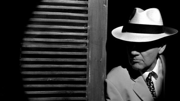 private detective noir internet phishing