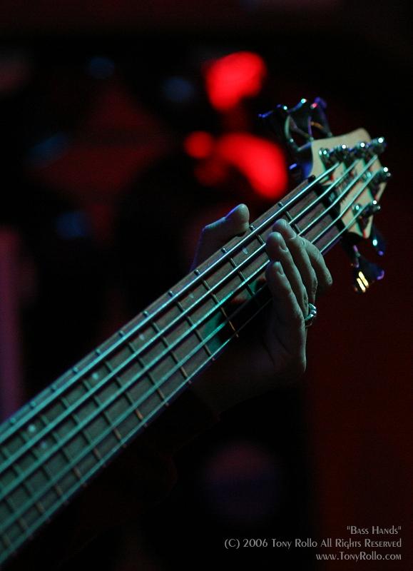 bass_hands