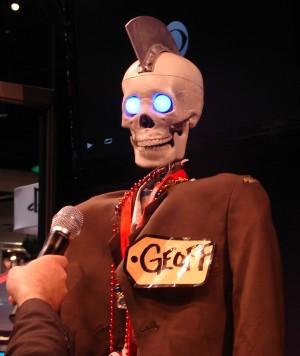 Geoff_Peterson_the_Late-Late-Show_robot_-_CC-ATTRIB_Jodi-Kurland